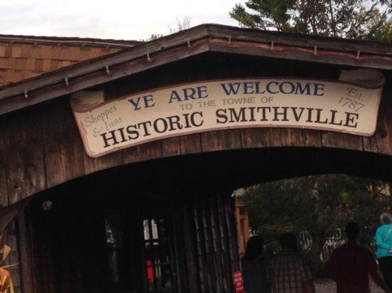 Historic Smithville Sign