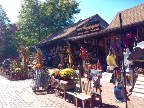 Smithville Shop