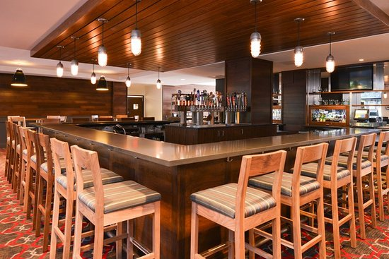 Romulus, MI: Bar/Lounge