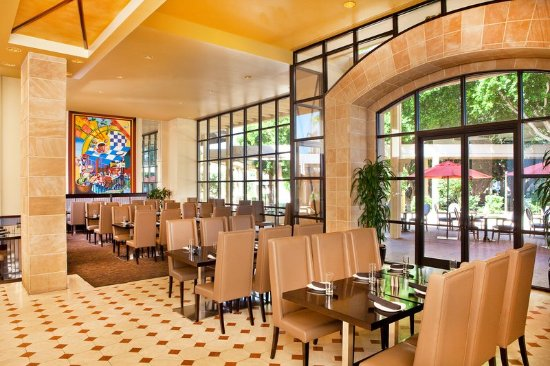Hotels With Restaurant And Shuttle Phoenix Arizona