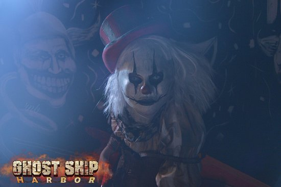 Ghost Ship Harbor: Come to our fun house!