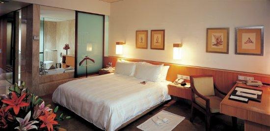 ITC Sonar: Guest room