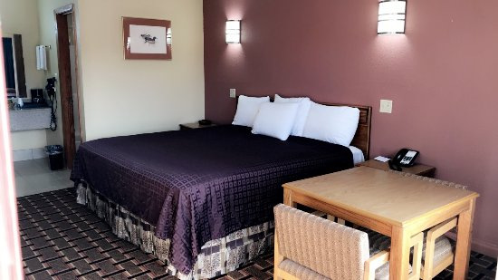Indianola, MS: King Room