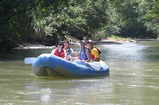 Safari Float by Inflatable Raft in Peñas Blancas River
