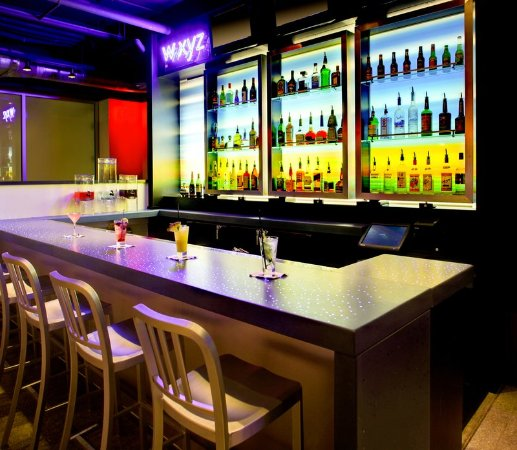Leawood, KS: Bar/Lounge