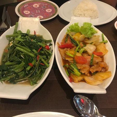 Chinatown Hotel: photo1.jpg