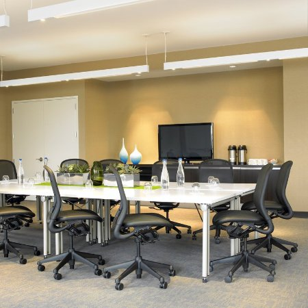 Ewing, NJ: Meeting room