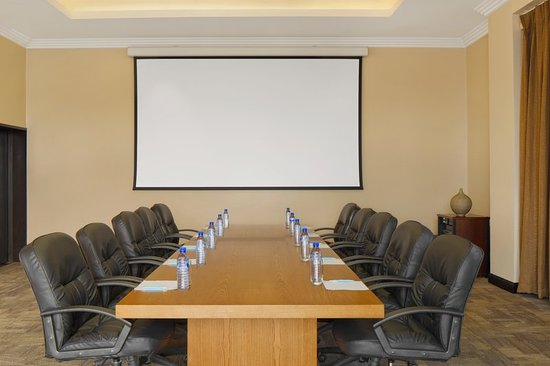 Four Points by Sheraton Lagos: Meeting room