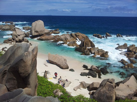 Isla La Digue, Seychelles: Anse Marron beach on the southern tip of La Digue