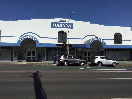Hannas Toowoomba: Front of shop in Ruthven Street