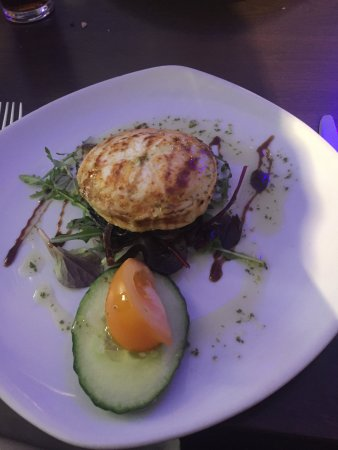 Egerton, UK: Goats Cheese Starter