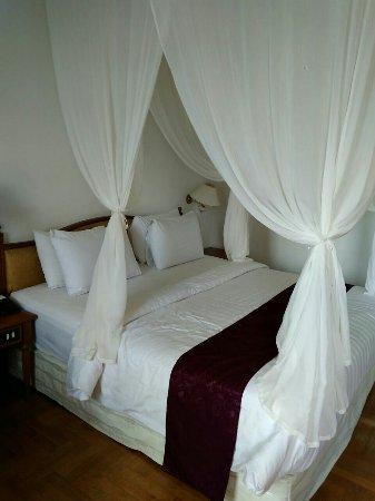 Pondok Brastagi, Indonesien: Our deluxe room...