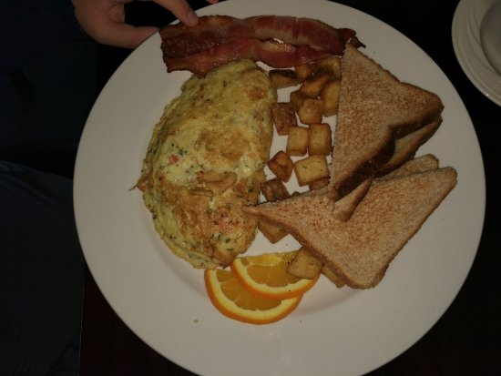 Holiday Inn Canmore: Tasty Omelette
