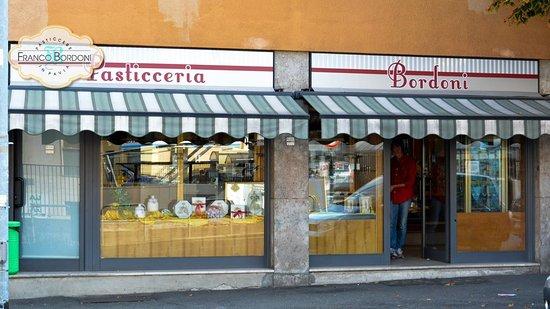 Ufficio Moderno Della Lombardia Pavia : Ci si torna recensioni su pasticceria bordoni pavia tripadvisor