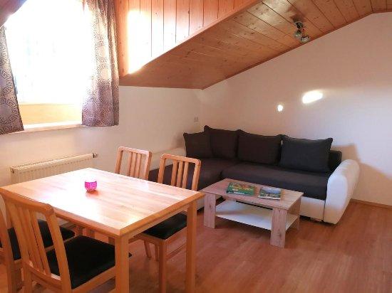Koppl, Austria: Appartement / Familienzimmer