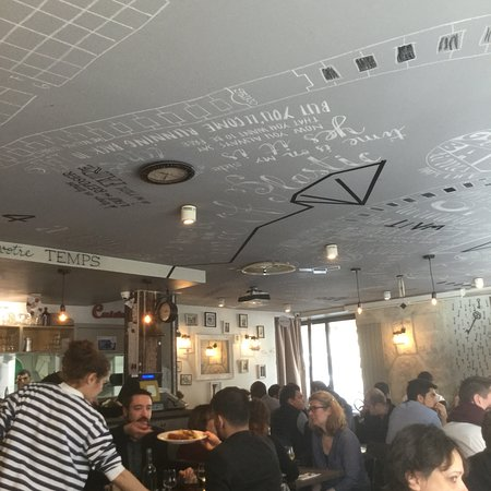 Le petit carillon paris canal saint martin restaurant avis num ro de t l phone photos - Restaurant quai de valmy ...