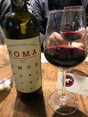 Torrimpietra, Italia: Vino di produzione locale
