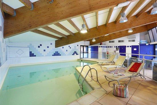 Suite home briancon serre chevalier updated 2017 hotel for Briancon piscine