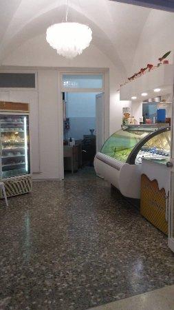 Campi Salentina, Italy: Gelateria Padula