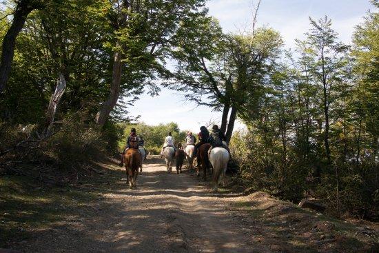Esquel, Argentyna: Horseback riding at Huemules