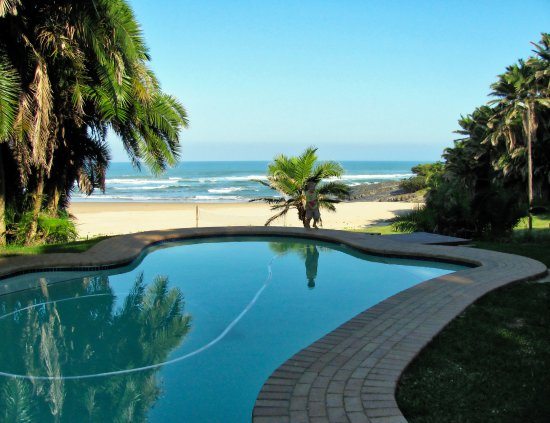 Mazeppa Bay, South Africa: Pool looking out over beach