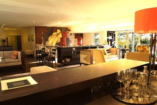 Atlantic House: Bar/Lounge