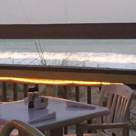Shuckers on the Beach : Evening on the deck