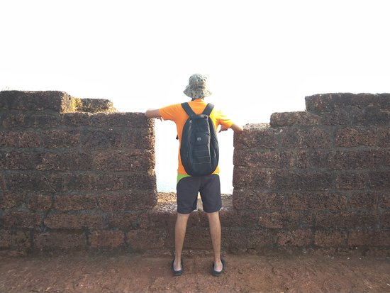 Sinquerim, India: Famous spot for clicking pictures