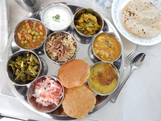 Nueva Delhi, India: Enjoy traditional North Indian food with a local home-chef