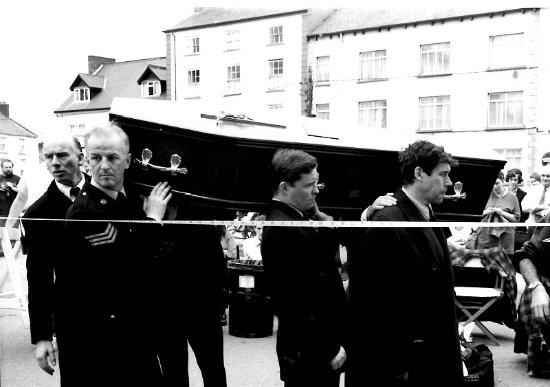 Clones, Ireland: Actors Stephen Rea & John Kavanagh during filming of The Butcher boy