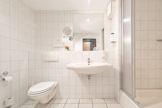 Päwesin, Deutschland: Beispielbild Badezimmer