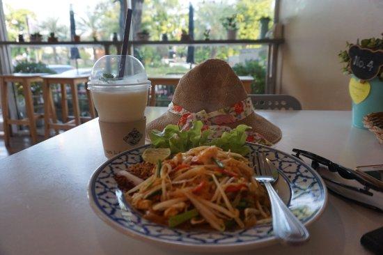 Grandparent's Home : Walk-In Cafe