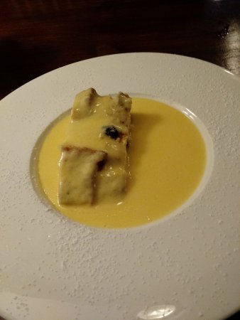 Draycott in the Clay, UK: Superb Bread and Butter Pudding