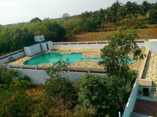 Thamarai resort pondicherry hotel reviews photos rate comparison tripadvisor for Hotels with swimming pool in pondicherry