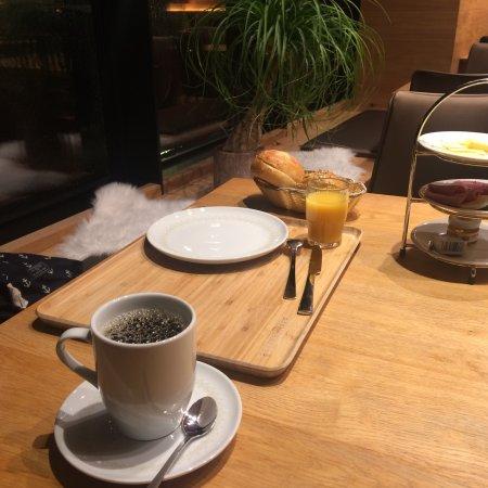 "Neuhof, Jerman: Das ""Guten Morgen"" Frühstück"