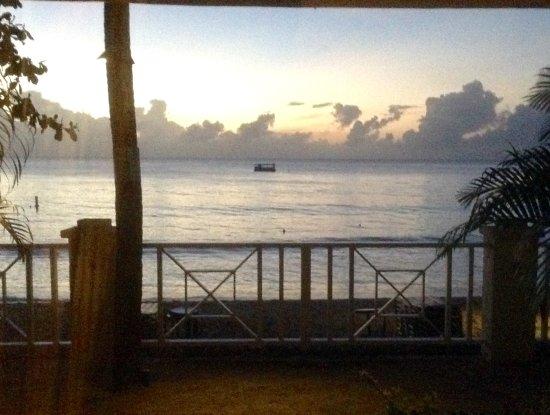 Paynes Bay, Barbados: Sunset
