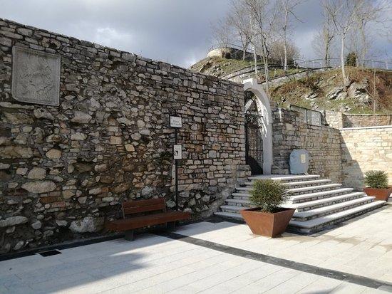 Castello Guevara