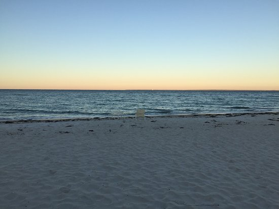 Sea Crest Beach Hotel Bild