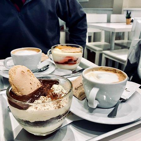 Τέλειος καφές,γευστικά γλυκά!!!