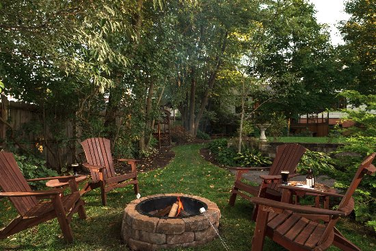 Addison, PA: Firepit for toasting friends and marshmallows!