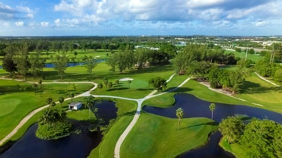 شولاز هوتل آند جولف كلوب: Shula's Golf Club 