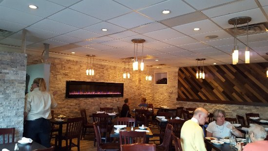 Westfield, NJ: Beautiful restaurant with delicious international comfort food.  So worth the visit 🥂