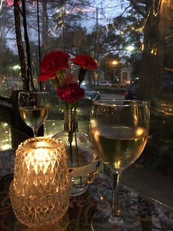 Cafe Degas: Pinot Gris was delicious
