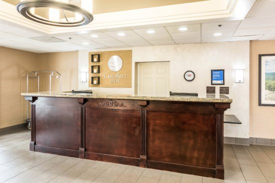 Welcome to Comfort Inn Staunton where We Love Guests!