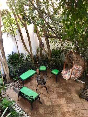 Casa Comtesse: Courtyard