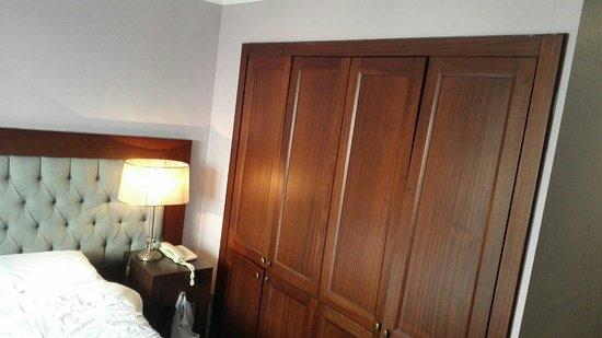 Daphne Hotel: IMG-20180110-WA0006_large.jpg