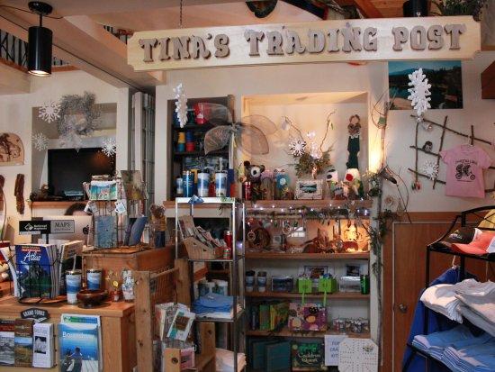 Christina Lake, Kanada: Tina's Trading Post