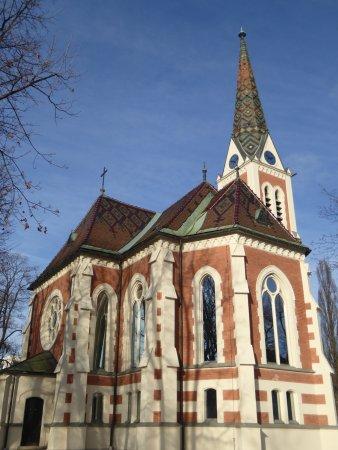 Evangelische Kirche Im Stadtpark