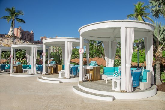 The Coral at Atlantis, Autograph Collection: Private Cabanas at The Coral Pool