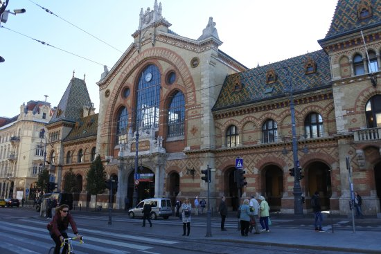 Front entrance to the Central Market Hall